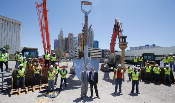 ラスベガスアリーナ「MGM Resorts And AEG Break Ground On New Las Vegas Arena」:写真・画像(14)[壁紙.com]