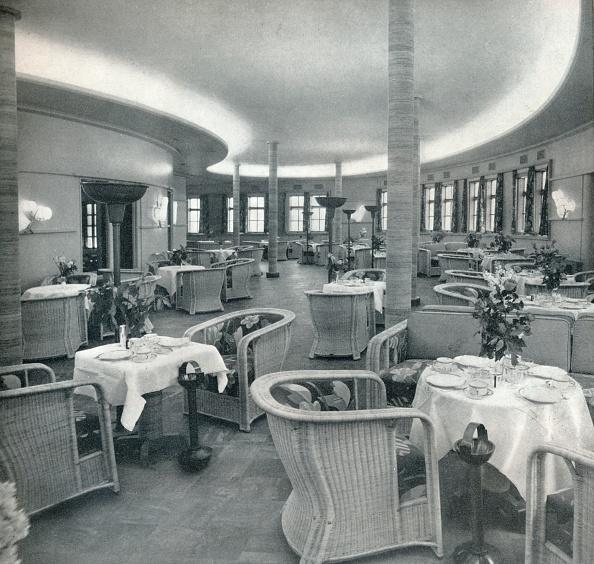 Passenger Craft「The Tea Lounge Of The Conte Di Savoia', 1933.」:写真・画像(6)[壁紙.com]