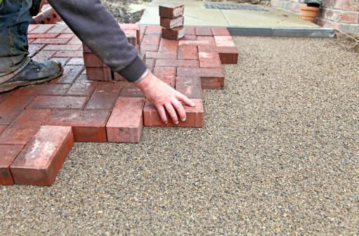 Interlocked「block paving drive getting layed」:スマホ壁紙(18)