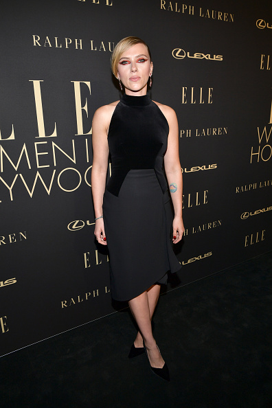 Hollywood - California「ELLE's 26th Annual Women In Hollywood Celebration Presented By Ralph Lauren And Lexus - Arrivals」:写真・画像(13)[壁紙.com]