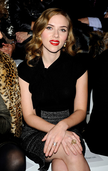 Pencil Dress「Scarlett Johansson Attends 'Mango New Collection Launch Party' in Madrid」:写真・画像(6)[壁紙.com]