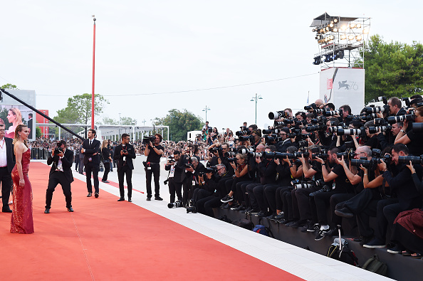 "Venice International Film Festival「""Marriage Story"" Red Carpet Arrivals - The 76th Venice Film Festival」:写真・画像(9)[壁紙.com]"