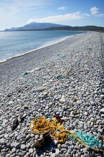アキル島「Rope On Rocky Beach; Keel Beach, Achill Island, County Mayo, Ireland」:スマホ壁紙(13)