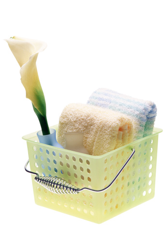Caddy「Basket with towels and flower」:スマホ壁紙(8)