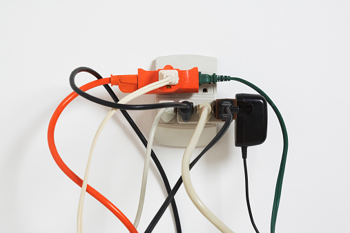 Electrical Outlet「Power cords in outlet」:スマホ壁紙(17)