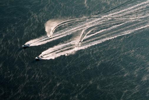 Water-skiing「Water-skiing on South River」:スマホ壁紙(18)