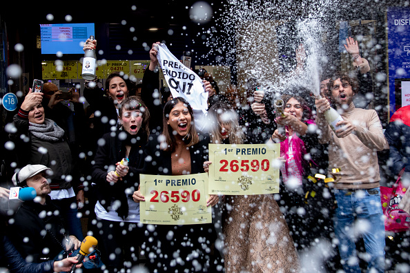 Winning「El Gordo Christmas Lottery 2019」:写真・画像(0)[壁紙.com]