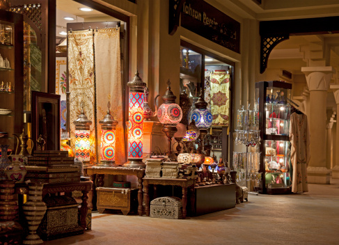 Souvenir「Dubai, Antiques shop in a mall」:スマホ壁紙(12)
