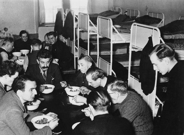 Dorm Room「POW Rations」:写真・画像(12)[壁紙.com]