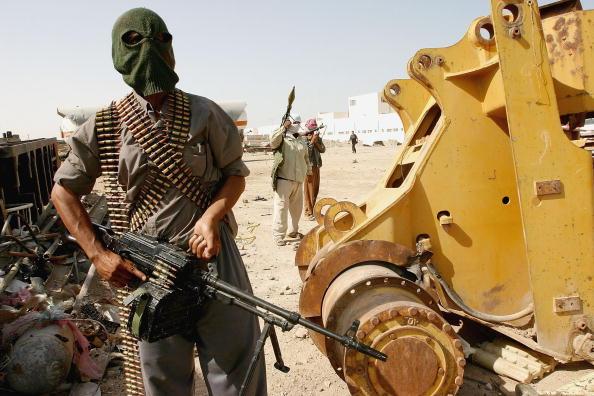 Ghaith Abdul-Ahad「IRQ: Heavily Armed Militia Guard Shiite Cleric Stronghold」:写真・画像(19)[壁紙.com]