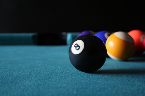 Number 8「Eight Ball in Sight」:スマホ壁紙(14)