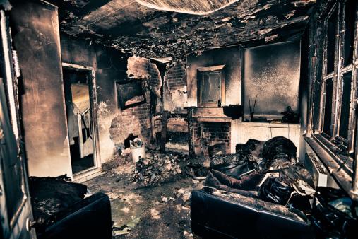 Destruction「Burnt out living room」:スマホ壁紙(13)