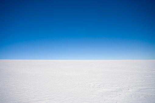 Dramatic Landscape「Horizon over land - Inland ice cap on a Polar expedition, Greenland」:スマホ壁紙(6)