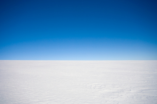 Scenics - Nature「Horizon over land - Inland ice cap on a Polar expedition, Greenland」:スマホ壁紙(17)