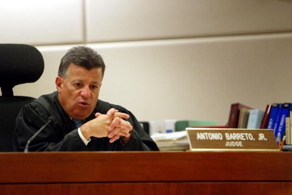 Judge - Law「Tom Sizemore」:写真・画像(16)[壁紙.com]
