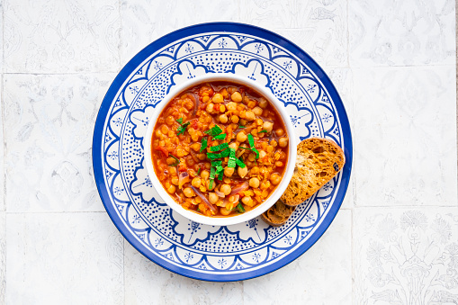 Onion「Lentil and chickpea soup (red lentils, chickpeas, tomatoes, red onions, mint)」:スマホ壁紙(13)