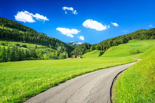 Austria「Alpen Landscape - Rolling Hills, Meadows, and Country Road」:スマホ壁紙(1)
