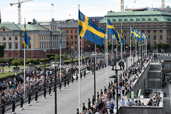 Stockholm「Ceremony And Arrivals:  Wedding Of Prince Carl Philip Of Sweden And Sofia Hellqvist」:写真・画像(1)[壁紙.com]