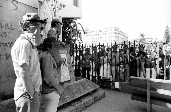 El Salvador「Militants Occupy Iglesia el Rosario」:写真・画像(18)[壁紙.com]