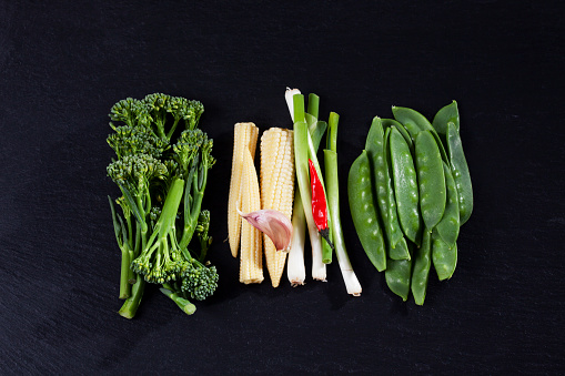 Garlic Clove「Various fresh vegetables for wok on slate」:スマホ壁紙(15)