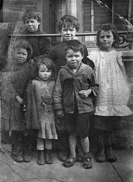 Elementary Age「Child Poverty」:写真・画像(15)[壁紙.com]