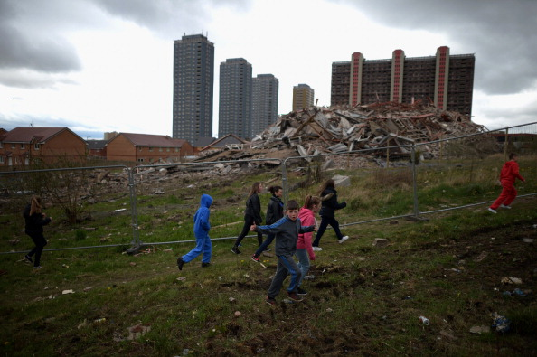 Tower「Glasgow's Iconic Red Road Flats Are Demolished」:写真・画像(14)[壁紙.com]
