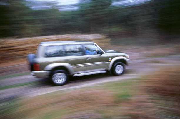 1998 Nissan Patrol GR:ニュース(壁紙.com)