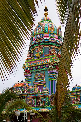 Reunion Island「La Réunion, Saint_Pierre, Tamil temple」:スマホ壁紙(9)