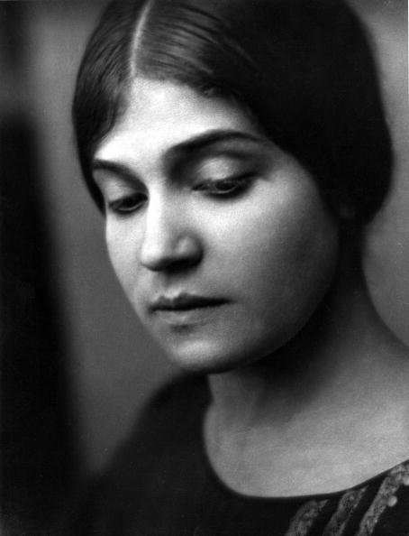 One Woman Only「Tina Modotti」:写真・画像(5)[壁紙.com]
