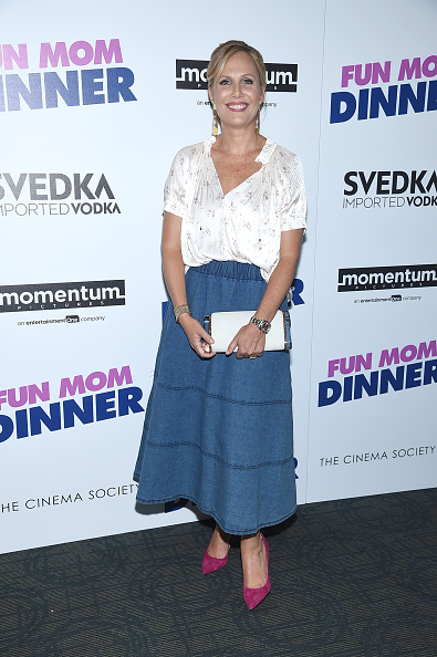 """Hot Pink「Momentum Pictures With The Cinema Society Host A Screening Of """"Fun Mom Dinner""""- Arrivals」:写真・画像(19)[壁紙.com]"""