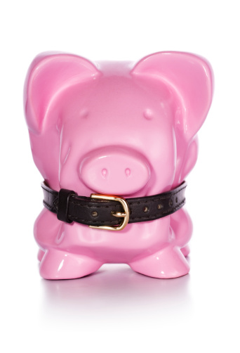 Belt「Financial Belt Tightening Piggy Bank」:スマホ壁紙(17)