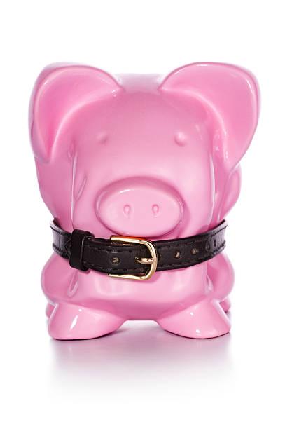 Financial Belt Tightening Piggy Bank:スマホ壁紙(壁紙.com)