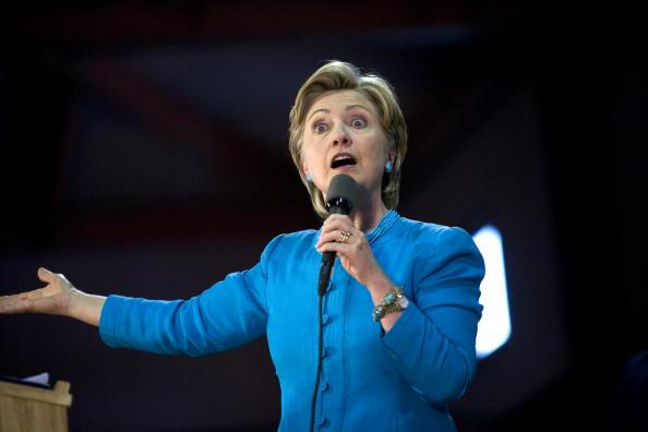 Rick Scibelli「Hillary Clinton Campaigns For Barack Obama In New Mexico」:写真・画像(0)[壁紙.com]