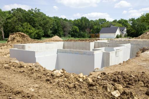 掘る「新しいホーム建設財団防水」:スマホ壁紙(11)