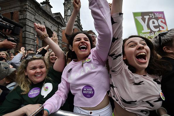 Ireland「Ireland Votes In Favour of Law Reform In Abortion Referendum」:写真・画像(7)[壁紙.com]