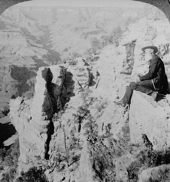 Grand Canyon National Park「Thomas Moran At Grand Canyon」:写真・画像(19)[壁紙.com]