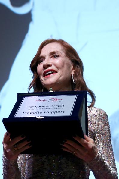 Ernesto S「Isabelle Huppert Receives The Lifetime Achievement Award - 13th Rome Film Fest」:写真・画像(18)[壁紙.com]