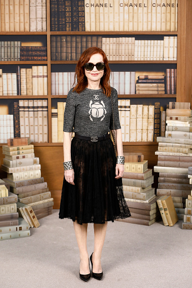 Autumn Fashion Collection「Chanel : Photocall - Paris Fashion Week - Haute Couture Fall Winter 2020」:写真・画像(13)[壁紙.com]