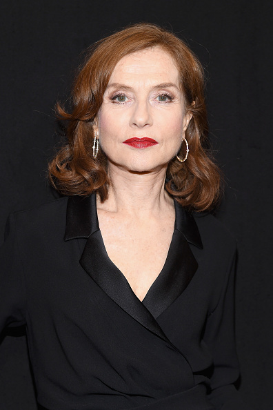 Isabelle Huppert「Giorgio Armani Prive : Front Row - Paris Fashion Week - Haute Couture Spring Summer 2018」:写真・画像(1)[壁紙.com]