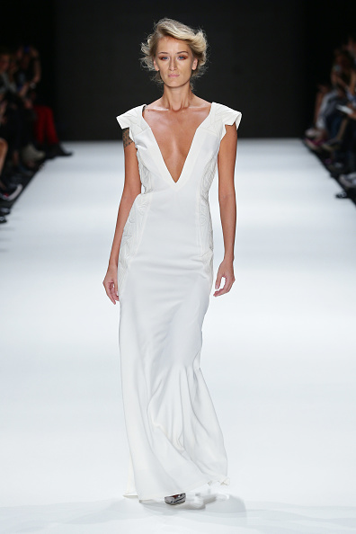 Focus On Foreground「Songul Cabaci - Runway - MBFWI S/S 2014 Presented By American Express」:写真・画像(2)[壁紙.com]