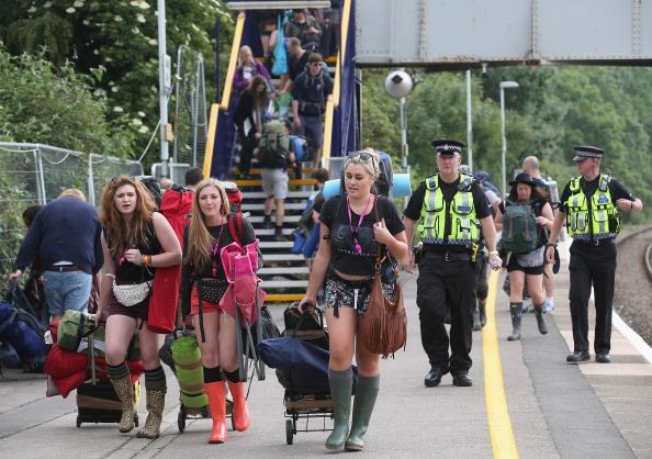 Worthy Farm「Gates Open For The Glastonbury Festival」:写真・画像(0)[壁紙.com]