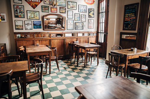 Buenos Aires「Inside of city cafe in Buenos Aires」:スマホ壁紙(9)
