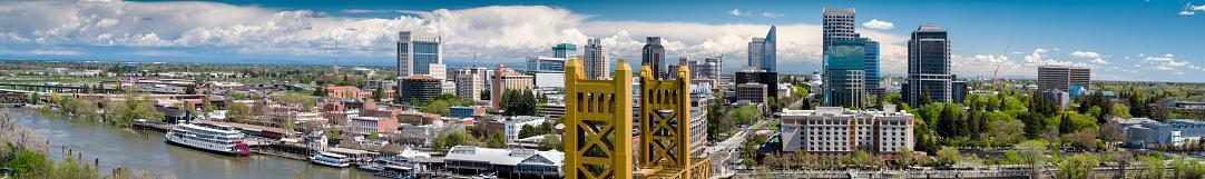 Sacramento「Sacramento by Day - Aerial Panorama」:スマホ壁紙(5)