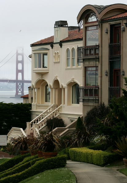 Residential District「Luxury Homes In San Francisco Average $2.7 Million」:写真・画像(13)[壁紙.com]