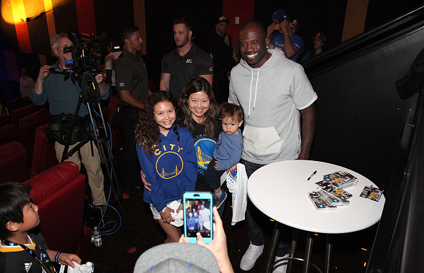 Kelly public「American Express Dub Nation To The IMAX: The First Ever Live Streamed Sporting Event」:写真・画像(4)[壁紙.com]
