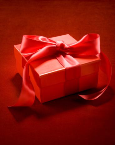 Receiving「Red present of red velvet」:スマホ壁紙(8)