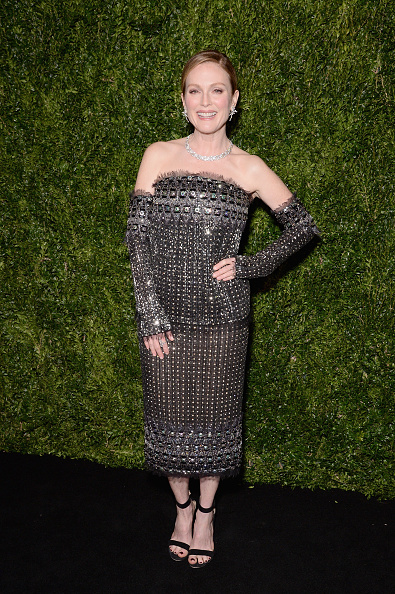 New York City Museum Of Modern Art「The Museum of Modern Art Film Benefit Presented By CHANEL: A Tribute to Julianne Moore - Arrivals」:写真・画像(17)[壁紙.com]