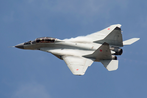 Russian Military「A Russian Air Force MiG-35 fighter plane.」:スマホ壁紙(7)