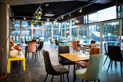 Creative Artists Agency「Modern interior of coffee shop」:スマホ壁紙(15)