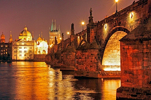 Charles Bridge「Vltava River and Charles Bridge, Prague, Central Bohemia, Czech Republic」:スマホ壁紙(7)